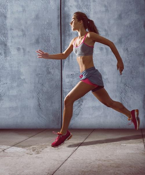 Redukcja tkanki tłuszczowej – co pomaga przyspieszyć spalanie